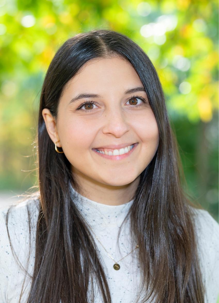 Yalda Sobhiafshar, BEd.
